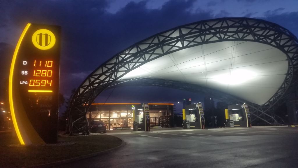 Na bratislavskej Prístavnej postaví Slovnaft dizajnovú pumpu